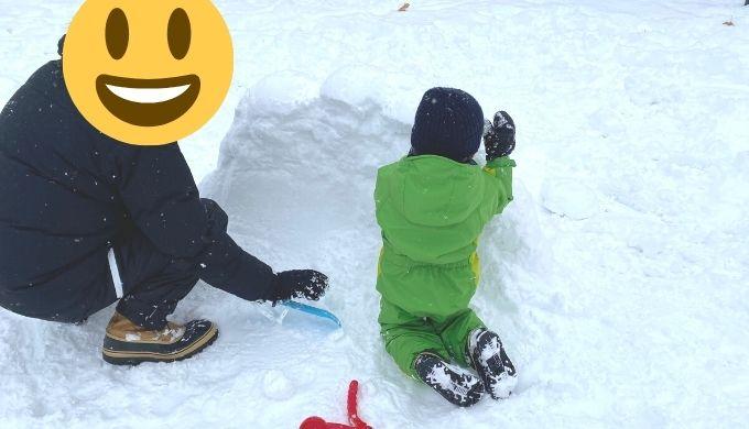 雪で壁を作る
